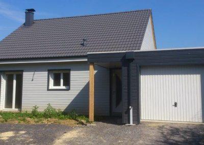 Maison de plein pied avec garage à Moreuil (80)
